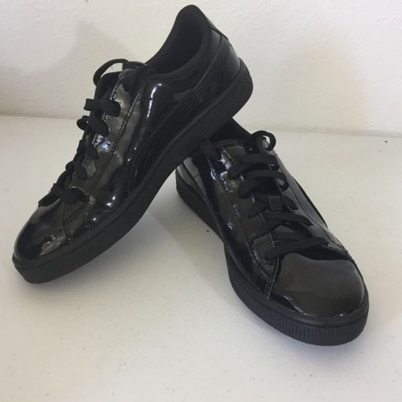 check out 50181 8570a Black Patent Leather Pumas ❗️BRAND NEW❗️